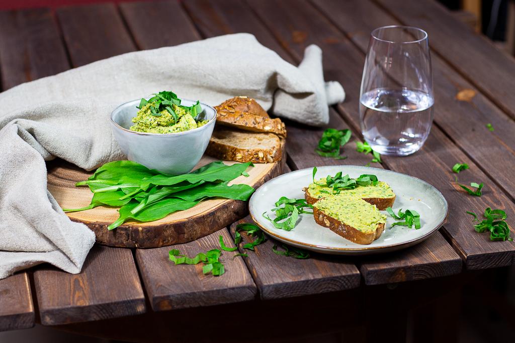 Vegane Bärlauch-Butter - Die beste Kräuterbutter 1