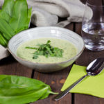 Vegane Bärlauch-Cremesuppe – Die Nr. 1 im Frühjahr