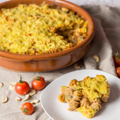 Veganer Nudelauflauf mit Basilikumtofu und Cashew-Tomatensoße 3