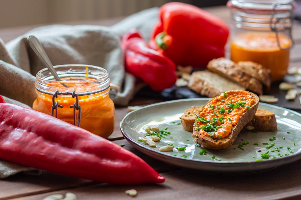 veganer Paprika-Aufstrich mit Cashews