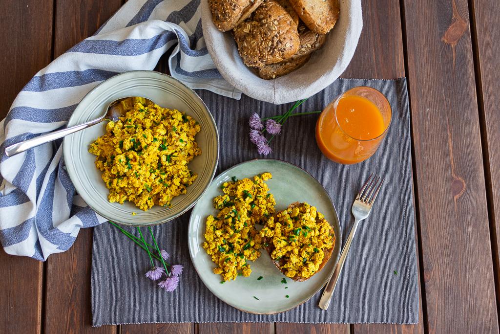 Leckerer Rührtofu - perfekt für ein veganes Frühstück