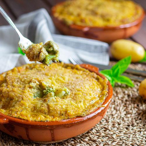 Veganer Kartoffel-Brokkoli Auflauf