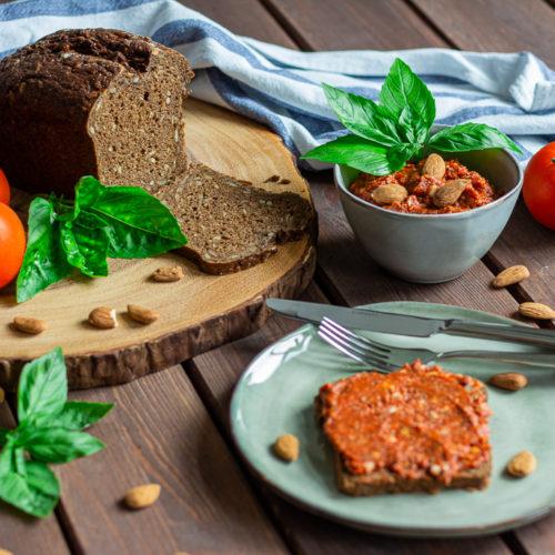 Veganer Tomaten-Mandelaufstrich