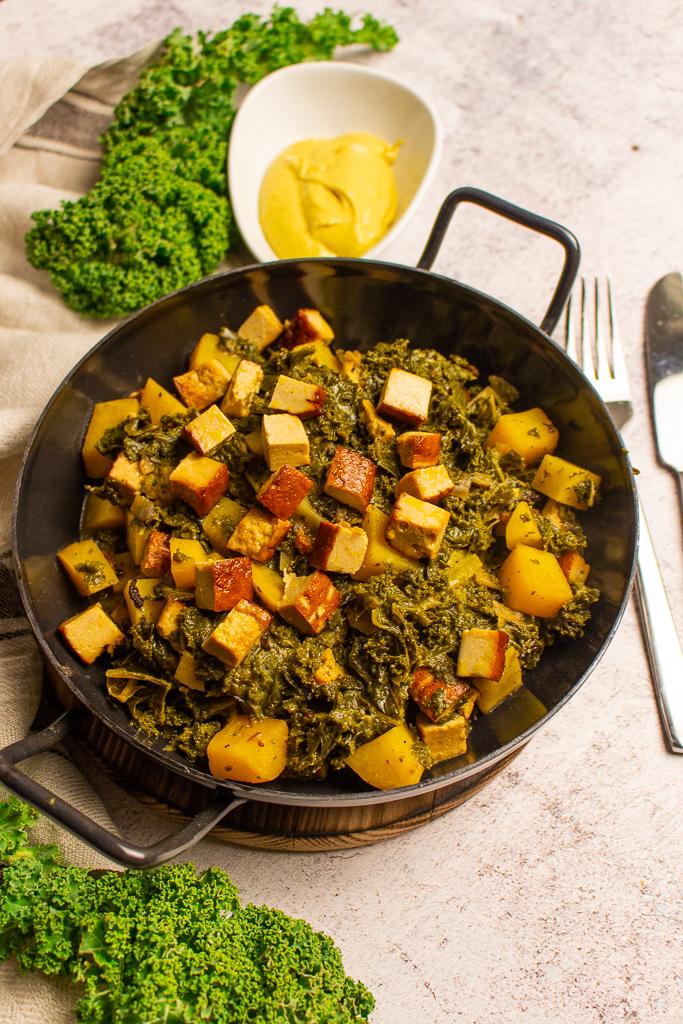 Veganer Grünkohl als One-Potgericht ist super lecker und einfach gezaubert!