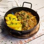 Vegane Spitzkohlpfanne mit Lupinengeschnetzeltem – unglaubliches 30-Minuten Gericht