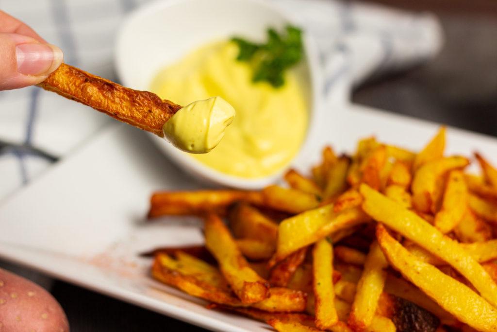 Grandios zu Pommes Frites: eine vegane Mayonnaise