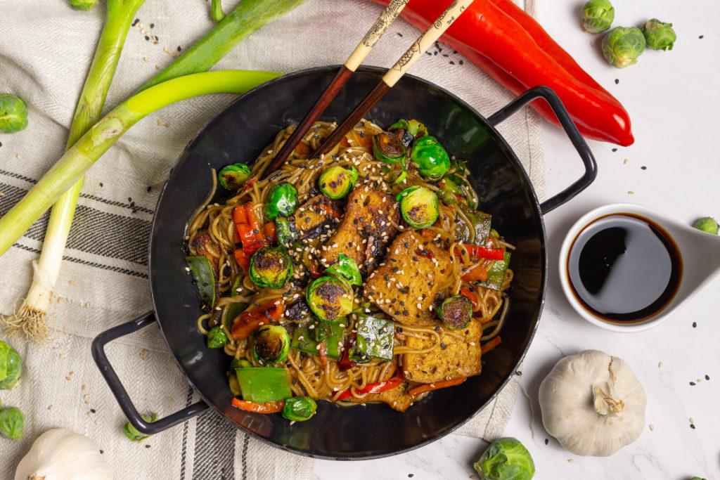 Vegane Austernsoße selbermachen - perfekt zu asiatischen Bratnudeln