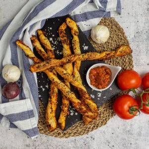 Mediterrane Snackstangen aus Blätterteig – mein #1 Snack für Zwischendurch 3